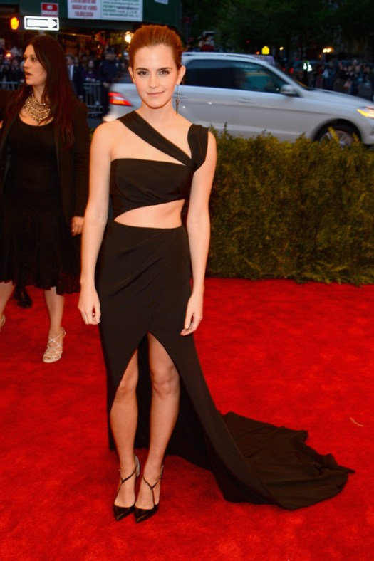 Emma Watson ha detenido el tiempo en la alfombra roja con un diseño ultra sexy de Prabal Gurung.