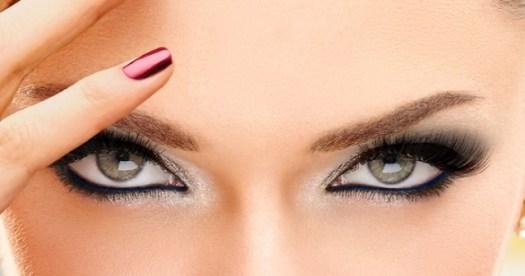 Ojos modelo