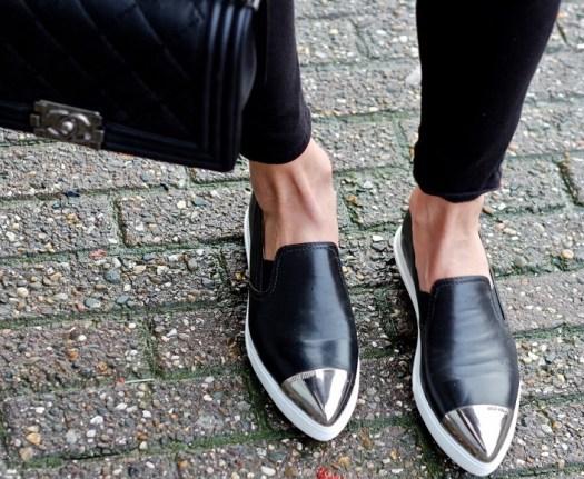 34df4c218d79e7ec1bbcbd85ad6e34bd871d137f-crackled-leather-and-miu-miu-slip-ons-12-1200