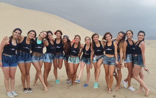Las chicas Look Cyzone 2015 en las dunas de Ica