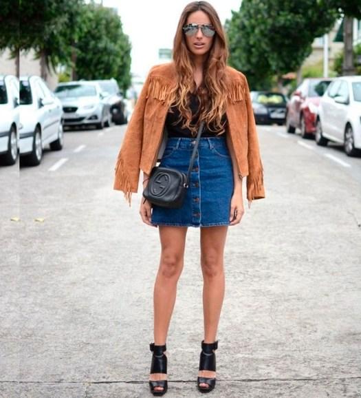 street-style-estilo-saia-jeans-botoes-jaqueta-suede-franjas