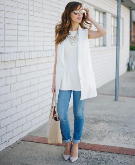 white_blazer_light_wash_jeans_1