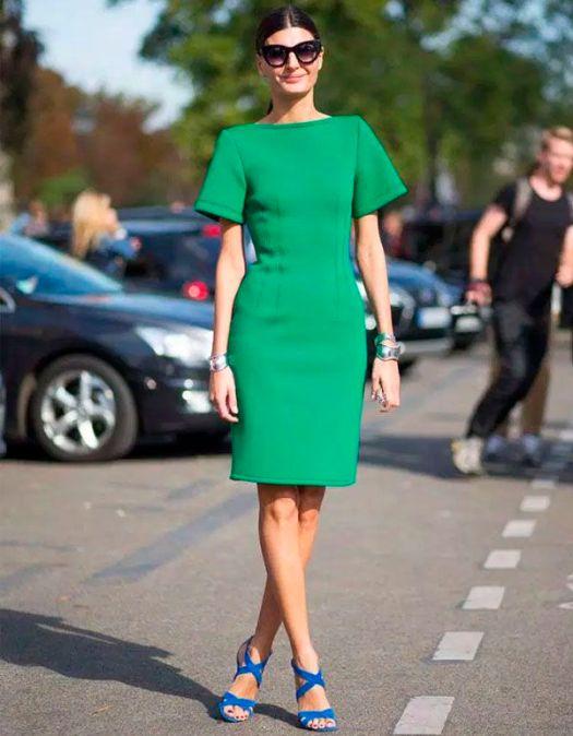 vestido-verde-zapatos-azules