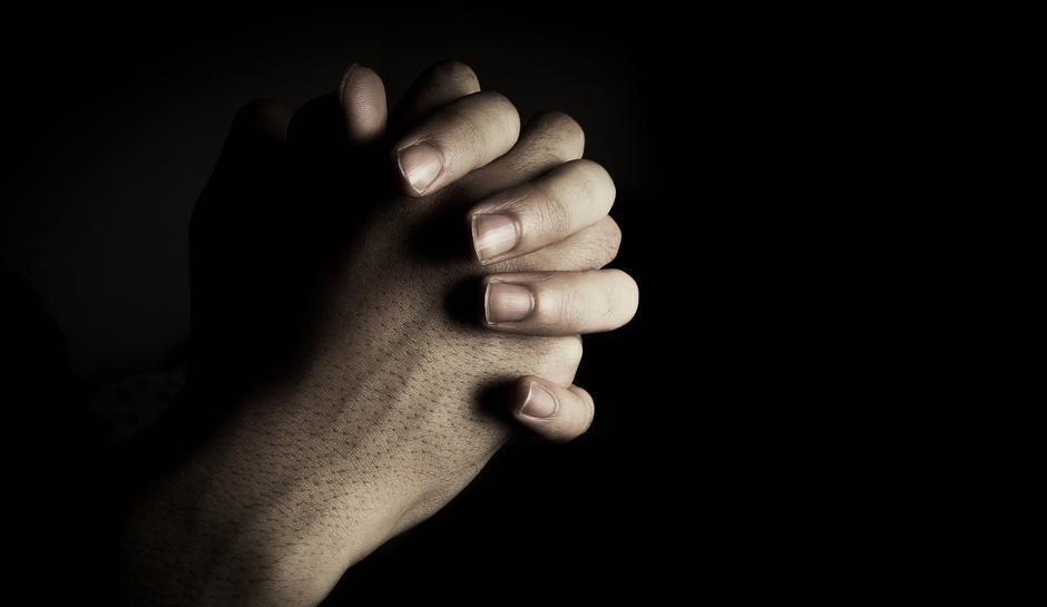 florida-woman-praying