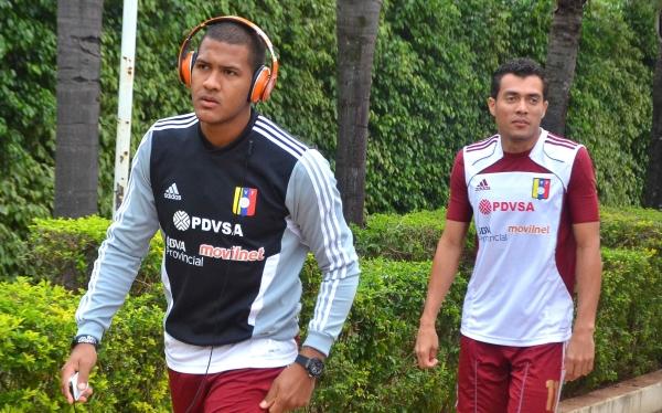 Juan Arango, Selección ecuatoriana, Eliminatorias Brasil 2014, Selección venezolana