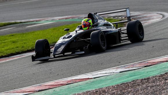 Matías está en su segundo año en la Fórmula 4 británica.  (Foto: Comunicaciones ITEA)