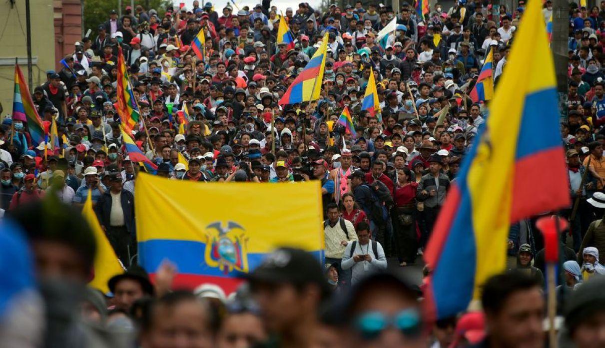 El paquetazo anunciado por Lenín Moreno ha sacado a miles de ecuatorianos a las calles. (Foto: AFP)