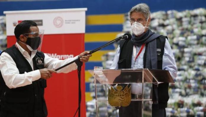 El presidente Sagasti detalló que luego seguirán con las personas que tienen enfermedades que no son genéticas, pero que sí son de alto riesgo | Foto: Jorge Cerdan / @photo.gec