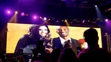 Pitbull, Diddy y DaBaby rinden homenaje a Kobe Bryant en la fiesta del Super Bowl