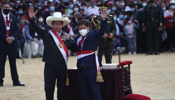 Premier de Pedro Castillo   Guido Bellido   Presidente del Perú tomó juramento a Guido Bellido Ugarte como primer ministro y juró al cargo en ceremonia simbólida en Ayacucho   PCM  