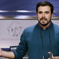Alberto Garzón insta a Pedro Sánchez a empezar a negociar ya un gobierno alternativo progresista