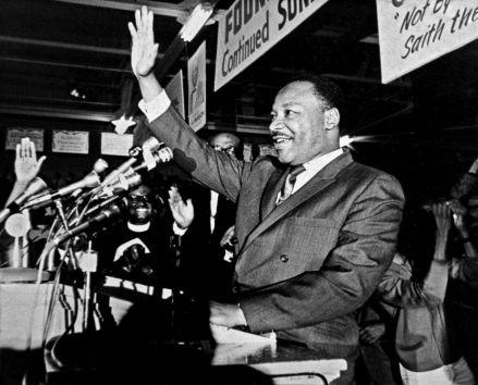 Copley-MLK-1968-speech-King058-ht-ps-180330_hpEmbed_16x13_992