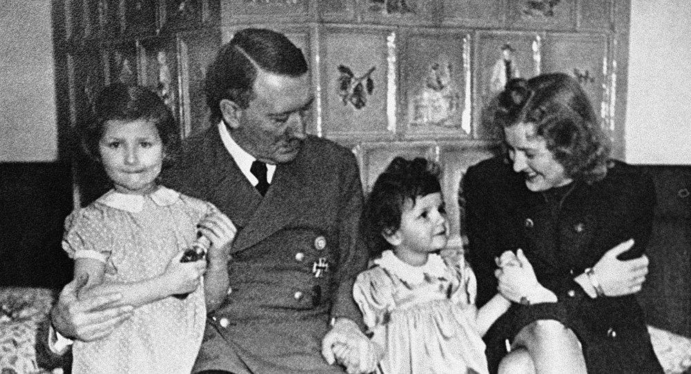 La razón por la que Hitler nunca tuvo sexo con su concubina Eva Braun