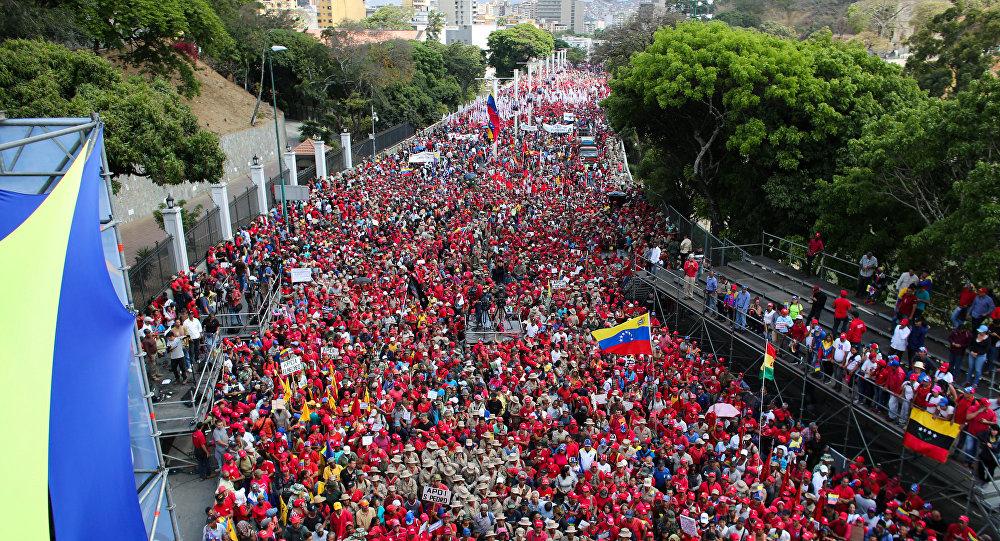 El chavismo toma las calles después de dos meses de la aparición de Guaidó