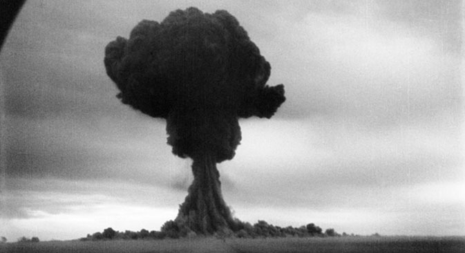 Nuclear_bomb_Anniversary_GettyImages170985026_673(1)