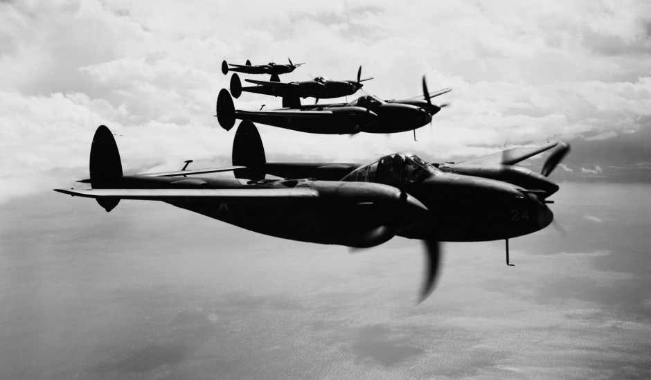 Escuadrón de caza de los Lockheed P-38.