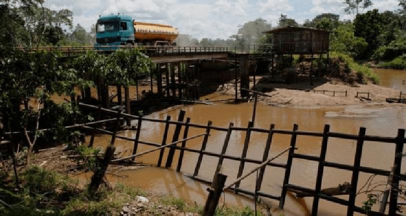 Se estima que hay unos 5.000 millones de barriles de petróleo en la región amazónica