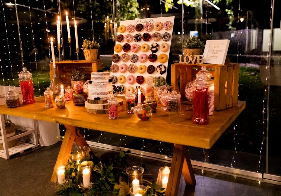 Mesa Dulce - Una boda con plumeros