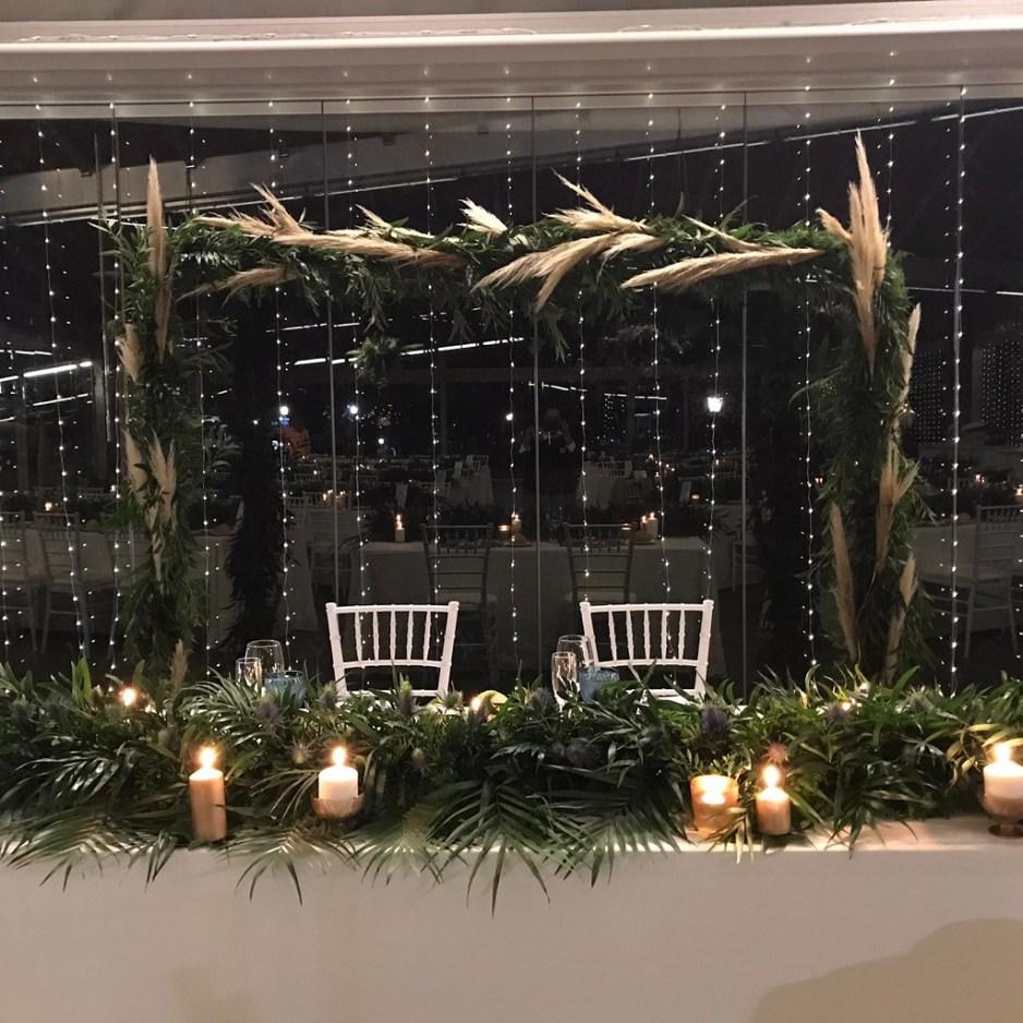Mesa presidencial - Una boda con plumeros