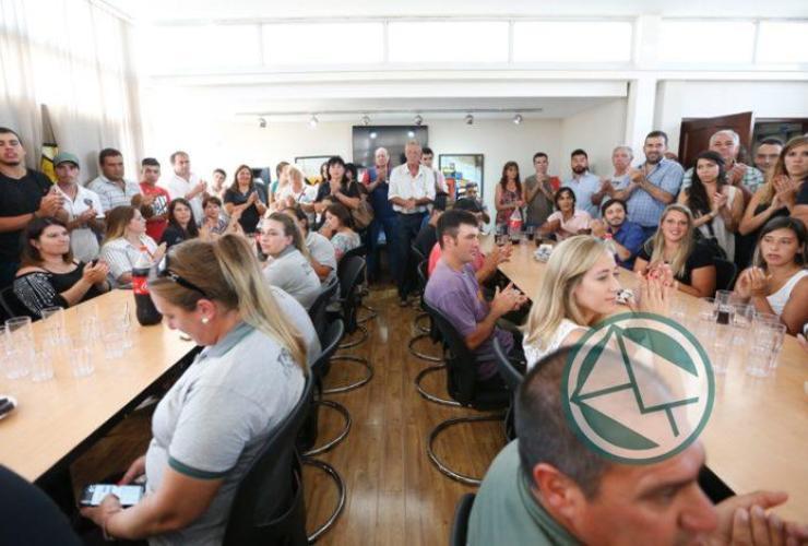 Secco hizo efectivo los 100 pases a la planta municipal1