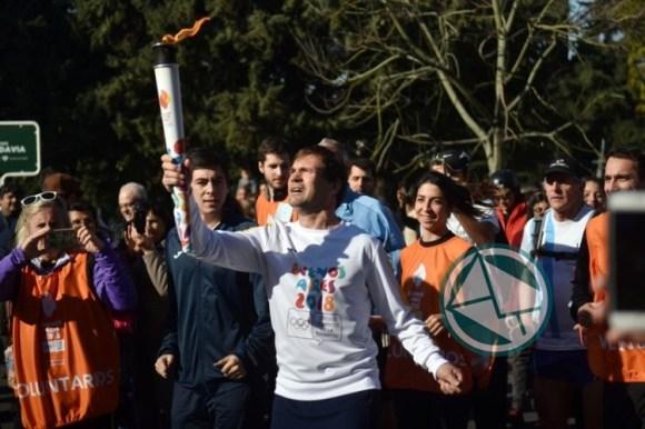 La Plata recibió la Antorcha Olímpica 05