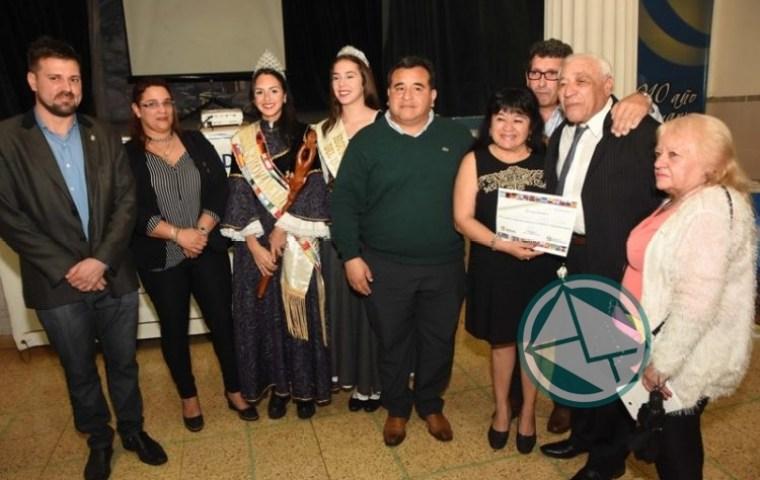 Reconocimiento a inmigrantes y descendientes en la Fiesta Provincial de Berisso2