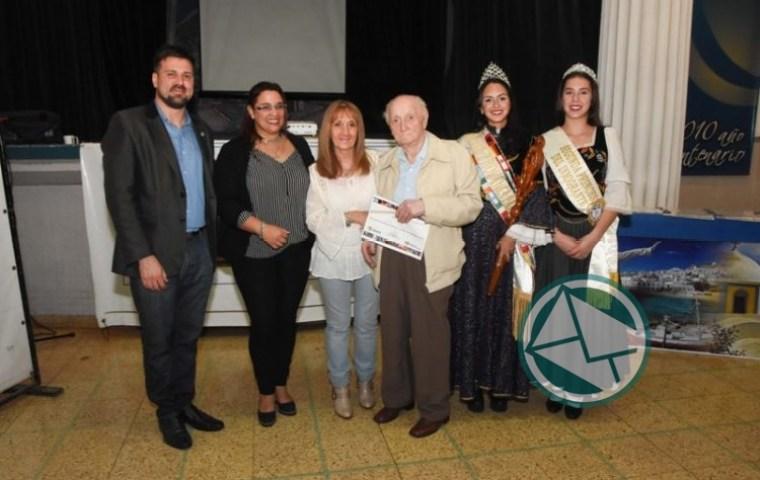 Reconocimiento a inmigrantes y descendientes en la Fiesta Provincial de Berisso3