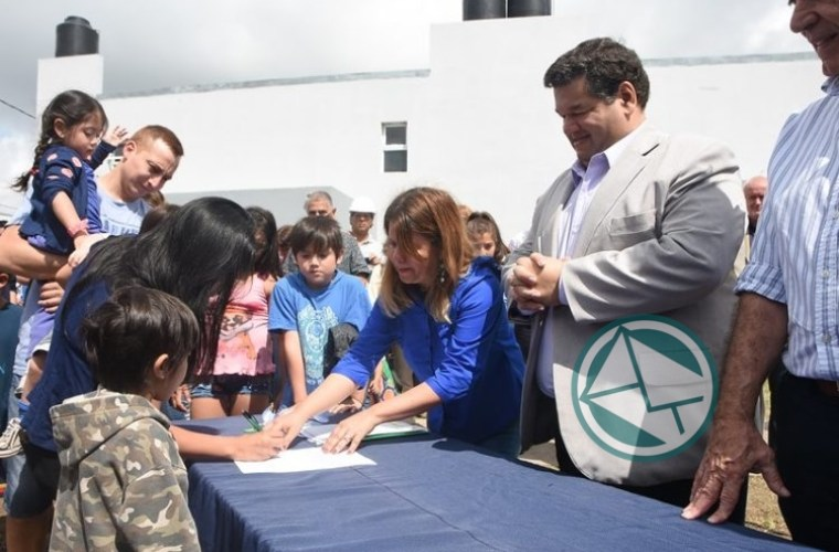 45 viviendas adjudicatarias en Villa Progreso 12