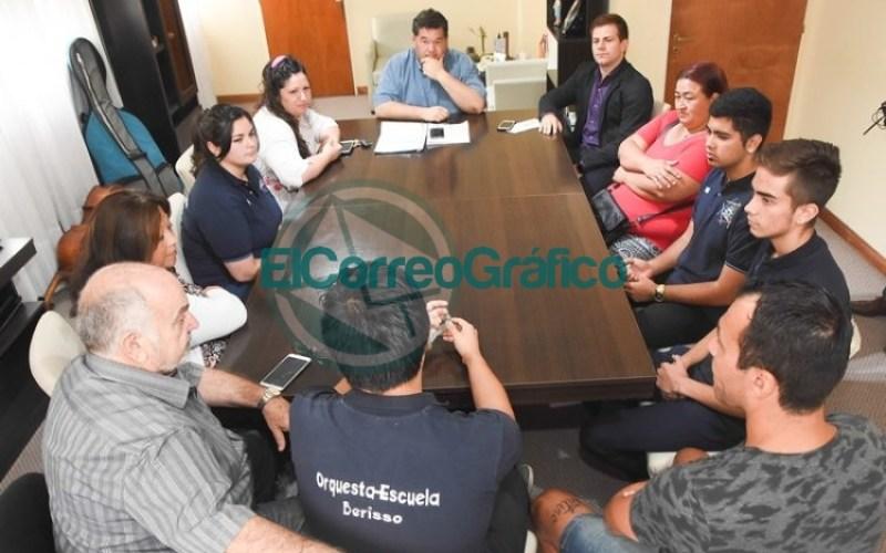 Subsidio para integrantes de la Orquesta Escuela de Berisso viaje a Brasil 05