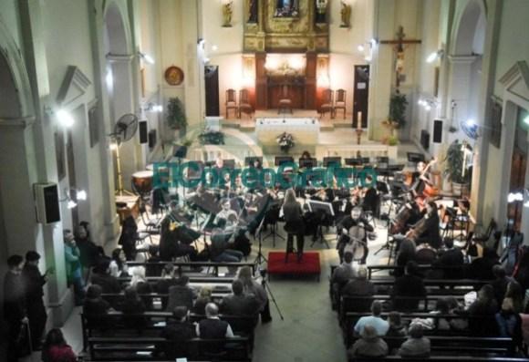 La Orquesta Sinfónica se presentó en los festejos católicos por María Auxiliadora 3