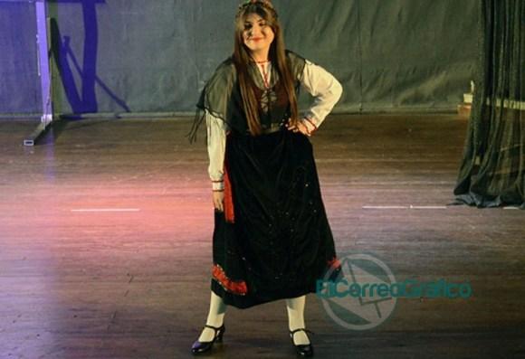 Se presentaron las 20 Representantes Culturales de la Colectividades 09