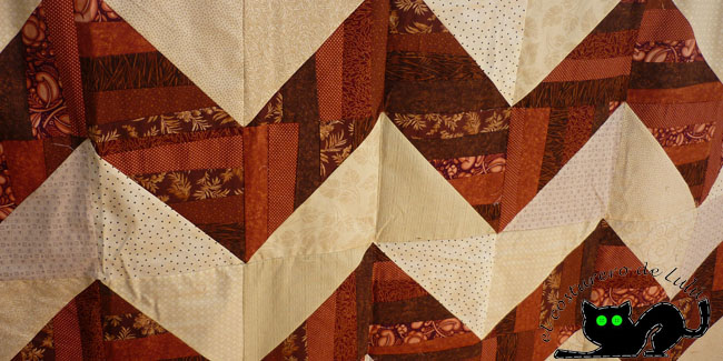 Top quilt chevron marrón