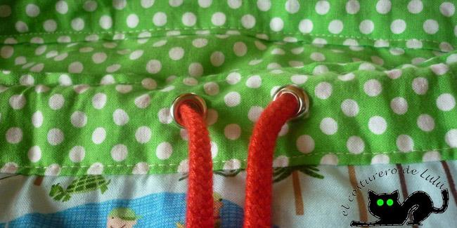 Coloca el cordón en la pretina