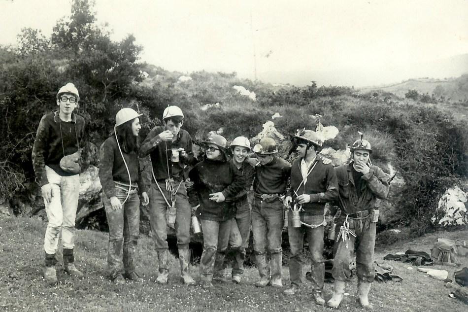 Grupo de espeleólogos-1
