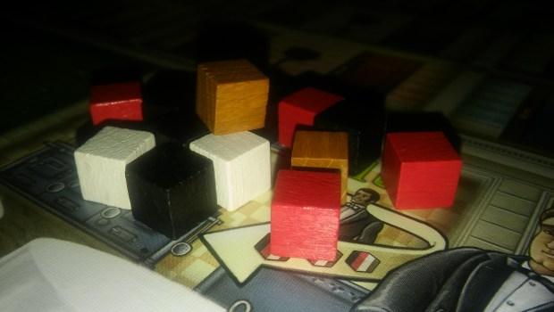 Ser daltónico en este juego significa no distinguir entre un pastel de hojaldre y una copa de vino.