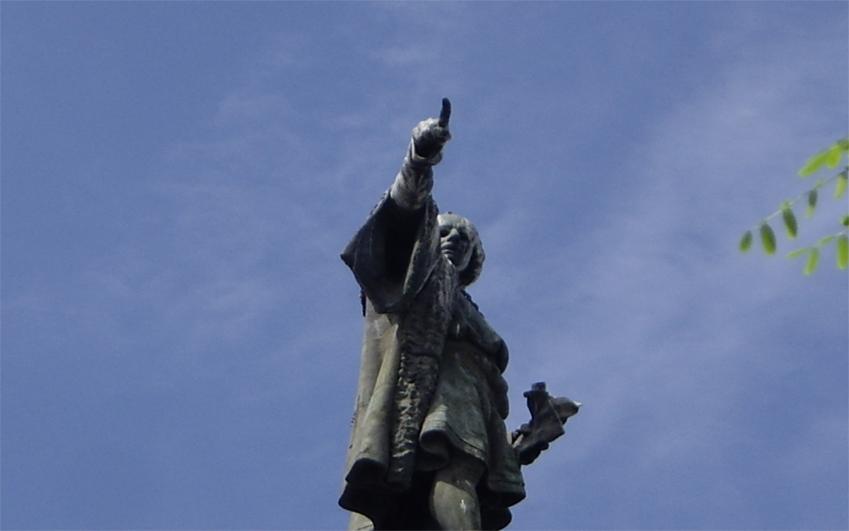 estàtua de Colom - de l'ull al dit