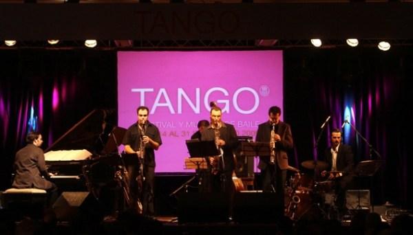 La banda de jazz fusión y folclor argentino, Escalandrum.