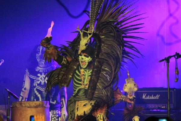 Cemican, sincretismo musical que une el mundo del metal y la cultura prehispánica. Foto: Antonio Álvarez / El Descafeinado.