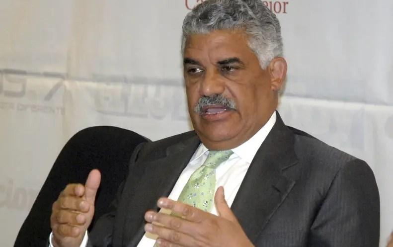Maduro llama a debatir sobre permanencia de Venezuela en la OEA