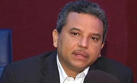 Fidel Santana.