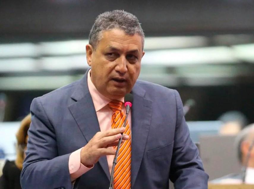 Gustavo Sánchez, fue reelecto como vocero del PLD en la Cámara Baja.