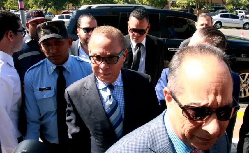Ángel Rondón a su llegada a la Procuraduría General al ser citado por el caso de Odebrecht.