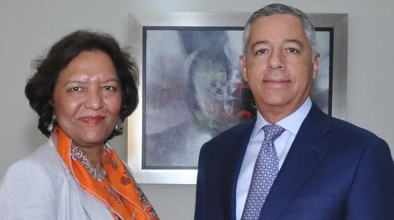 Tahseen SayedKhan y Donald Guerrero.