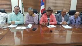 Representantes del sector arrocero nacional hablaron en rueda de prensa.