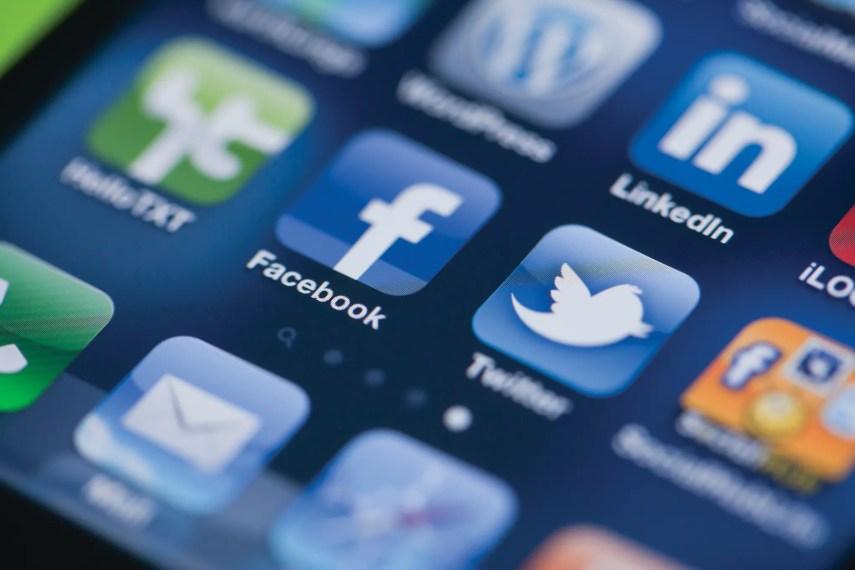 facebook-twitter1