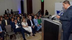 El ministro de Deportes, Danilo Díaz, durante su intervención en las asambleas.