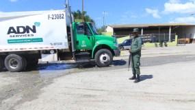 La entrada de camiones a Duquesa, luego de la militarización, fluía con normalidad  ayer.