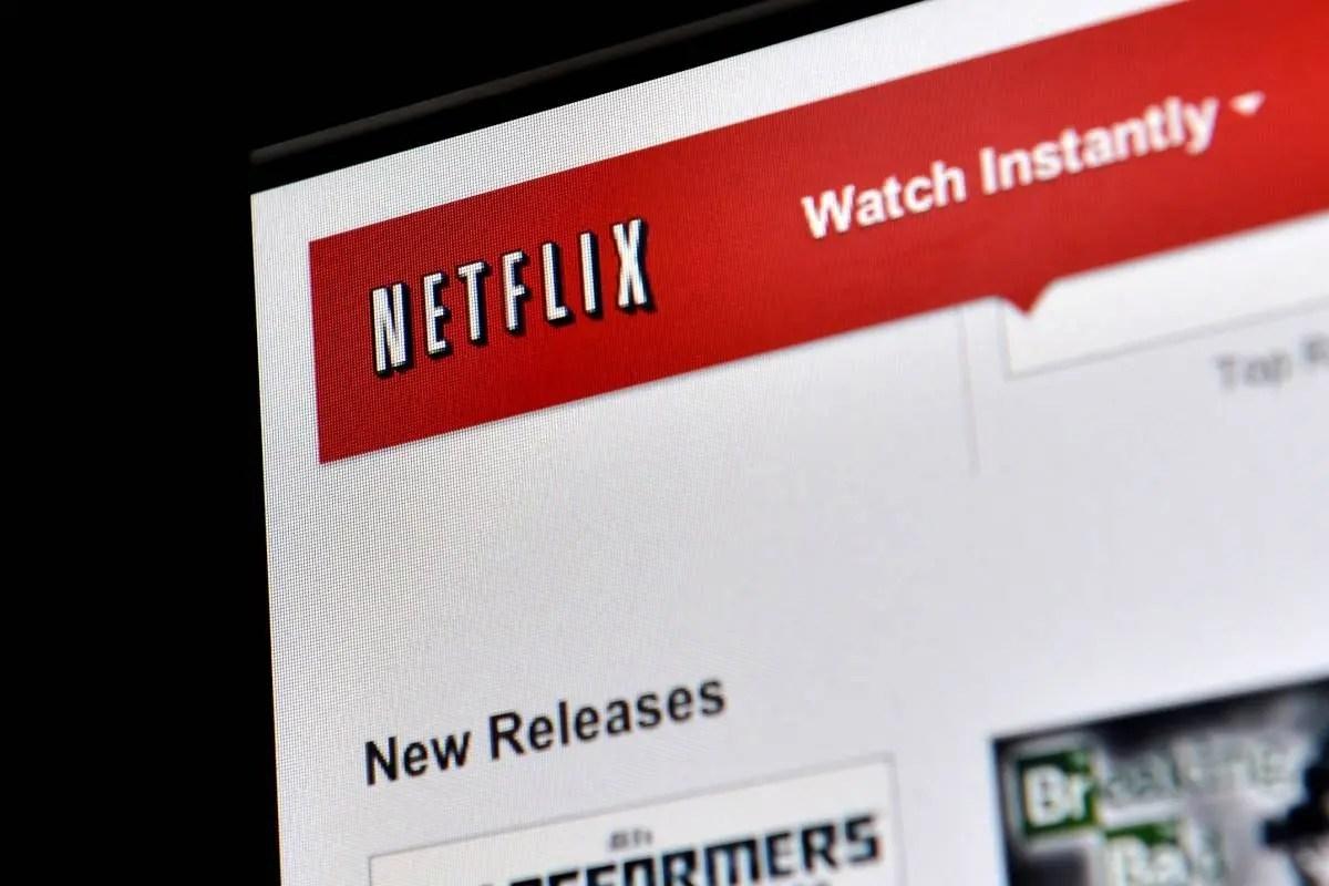 Mira el primer avance de su serie en Netflix — El Cristal Encantado