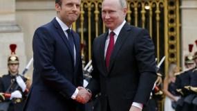 El presidente Emmanuel Macron  recibió a Vladimir Putin en el palacio de Versalles.
