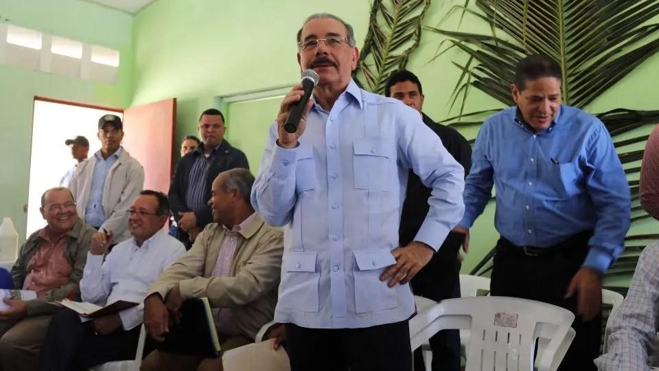 Presidente Danilo Medina apoya a los ganaderos en comunidad rural de Dajabón